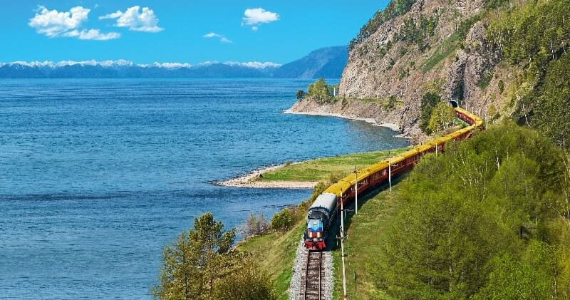 Transit Zarengold am Baikalsees